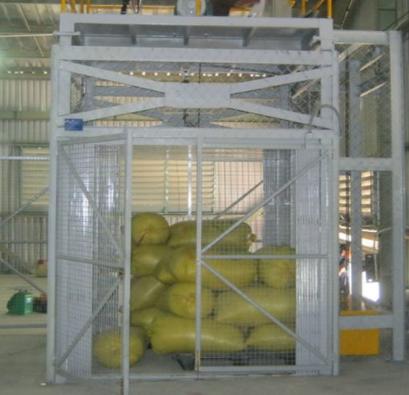 Thang tải hàng đơn giản 500kg 3 tầng | Thang tải hàng